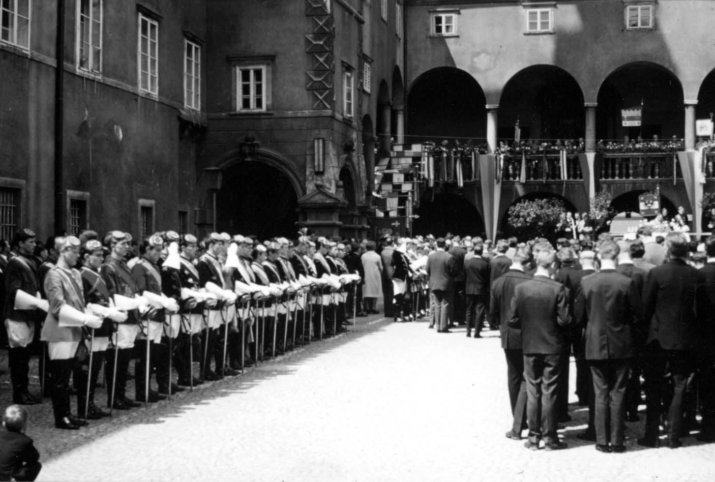 1966 Pennälertag Chargierte